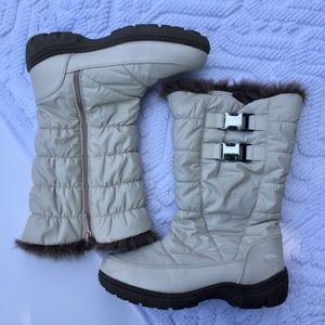 Totes Tan Quilted Fur Lined Weatherproof Boots 7M